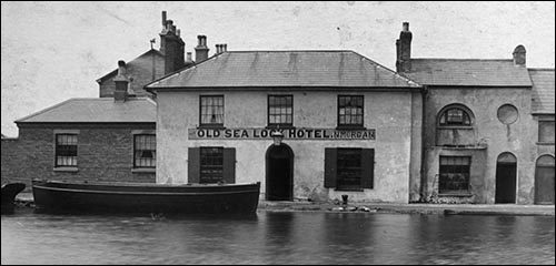 cardiff_old_sea_lock_hotel