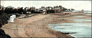Old photo of Colwyn Bay beach before promenade