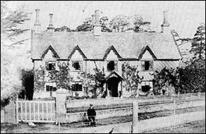 Photo of Pwllypant House c.1870