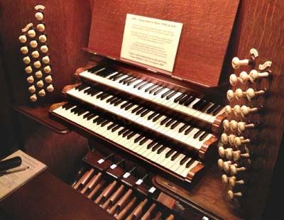 photo of organ console