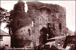 Old photo of Neath Castle