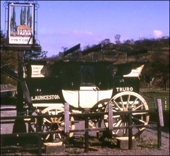 Photo of coach at Capel Curig 1967