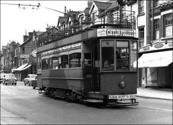 Photo of tram at Greenfield Road terminus