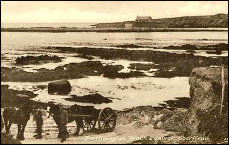 eglwys_sant_cwyfan_and_beach