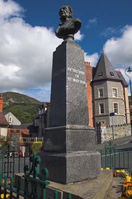 Photo of Gladstone memorial, Penmaenmawr