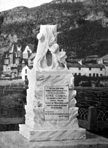 Old photo of white rabbit statue
