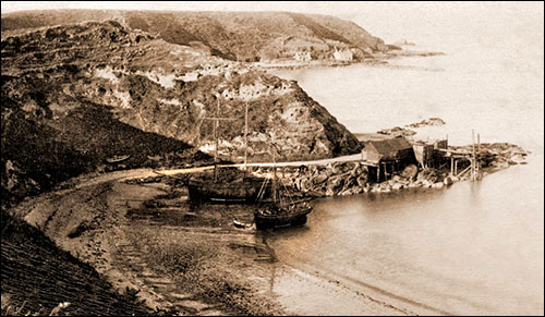 Photo of Porthdinllaen harbour in 1893