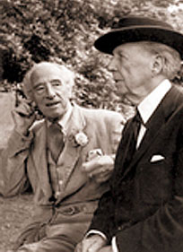 photo of_clough_williams_ellis_with_frank_lloyd_wright