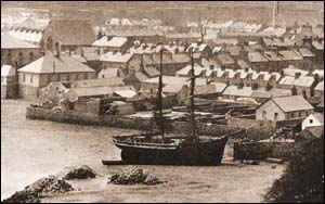 Photo of Pwllheli harbour in 1890