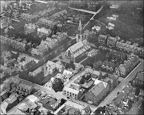 Aerial view of Rhyl with St Thomas Church in 1920
