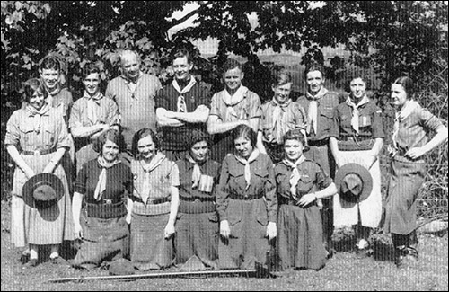 Scout leaders training at Rowen camp in 1936