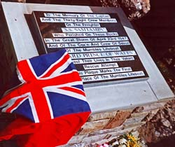 photo_of_lifeboat_memorial_sker_point