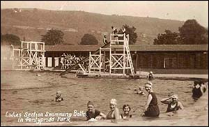 Old photo of Pontypridd lido