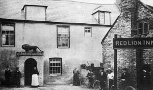 old photo of red lion inn